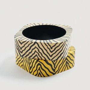 Mango pack wooden bracelet animal pattern zebra